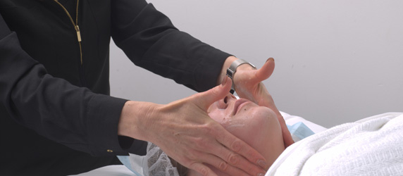 Facial therapy - Ethicos Institute